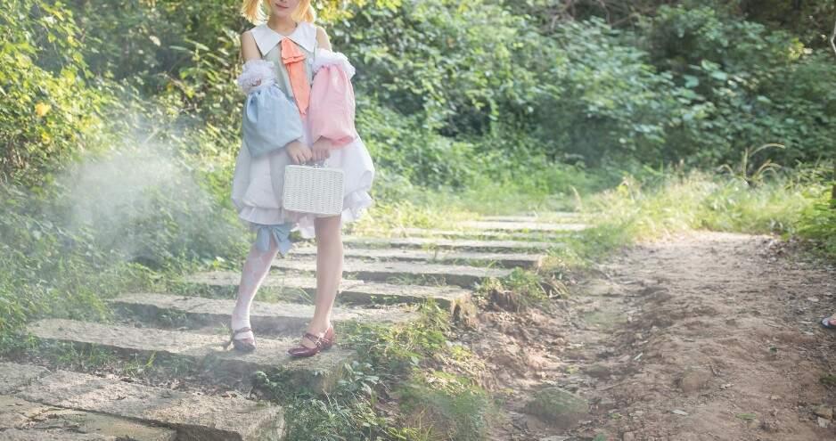 [COS正片]迷失的森林和兔子